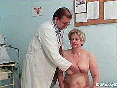 غريب جداً, الطبيب, سيدات رائعات, أفلام منزلية