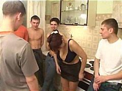 رجال كبار مع شابات, خبيرات, جنس جماعى