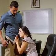 جميلات, تحت التنورة, حب الأرجل, السمراوات, في المكتب, مص