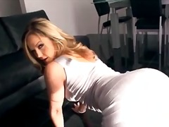 Softcore, Close Up, Big Ass, Dancing, Babe, Curvy, Pornstar, Michelle Tucker