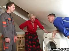 Իրական, Հասուն, Տնային Տնտեսուհի, Մայրիկ, Հասուն, Տատիկ