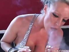 سكس تدخين عربيات