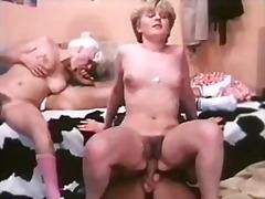 Hardcore, Retro, Group