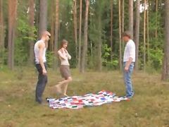 Jóvenes, Grupos De 3, Rusas