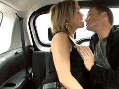 زوجان, مص, شقراوات, في السيارة, فموى, بنات جميلات, نيك قوى