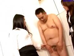 Asiatere, Generte, Strip, Sekretær